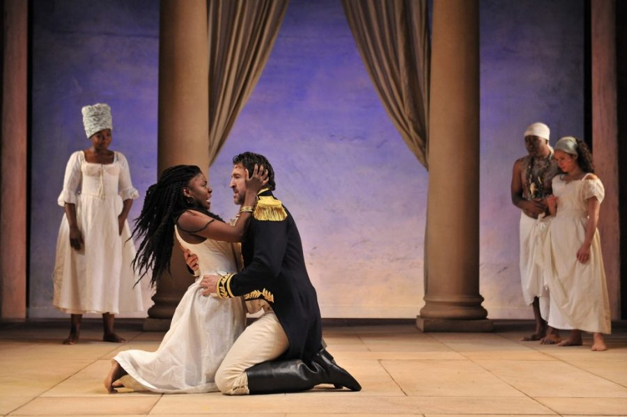 Joaquina Kalukango as Cleopatra and Jonathan Cake as Mark Antony in Antony and Cleopatra. Photo by Hugo Glendinning.