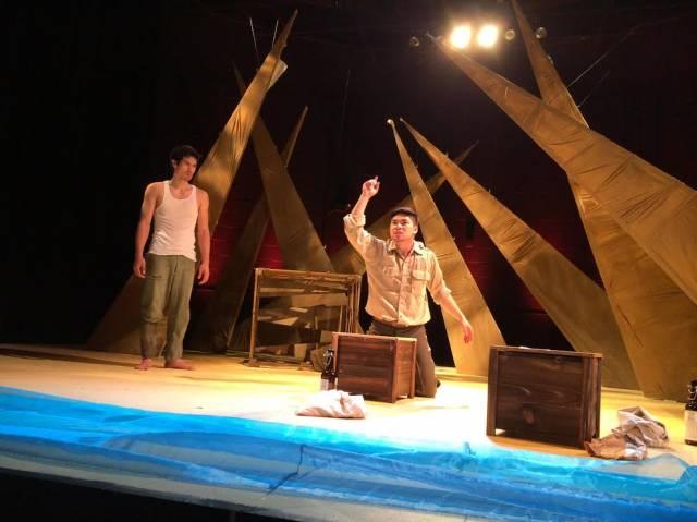 "Ethan Nguyen and Al Patrick Jo in ""Robinson (to) Crusoe"". Photo by Futoshi Miyai."