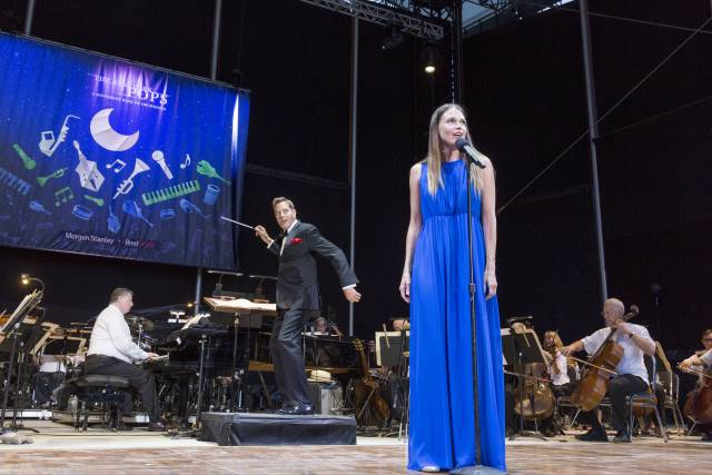 Sutton Foster and The New York Pops1
