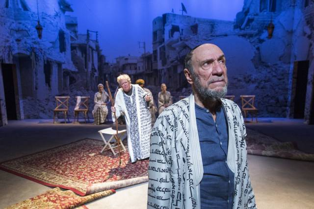 John Christopher Jones and F. Murray Abraham in NATHAN THE WISE. Photo by Richard Termine.