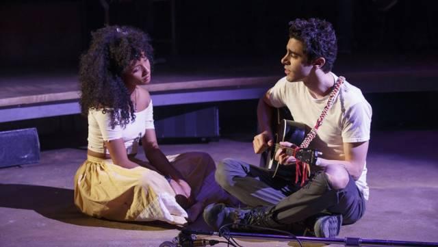 Nabiyah Be and Damon Daunno in 'Hadestown'. Photo credit: Joan Marcus.