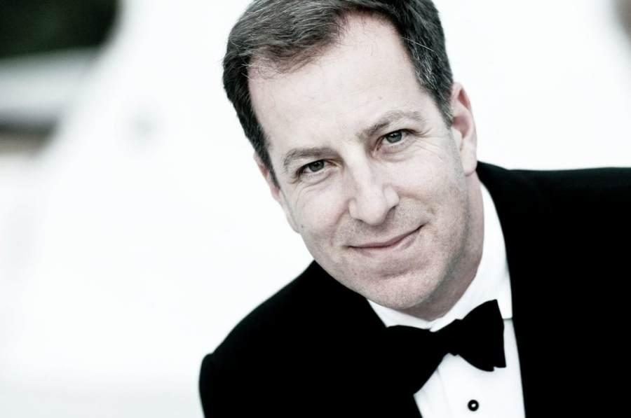 headshot of Ted Sperling